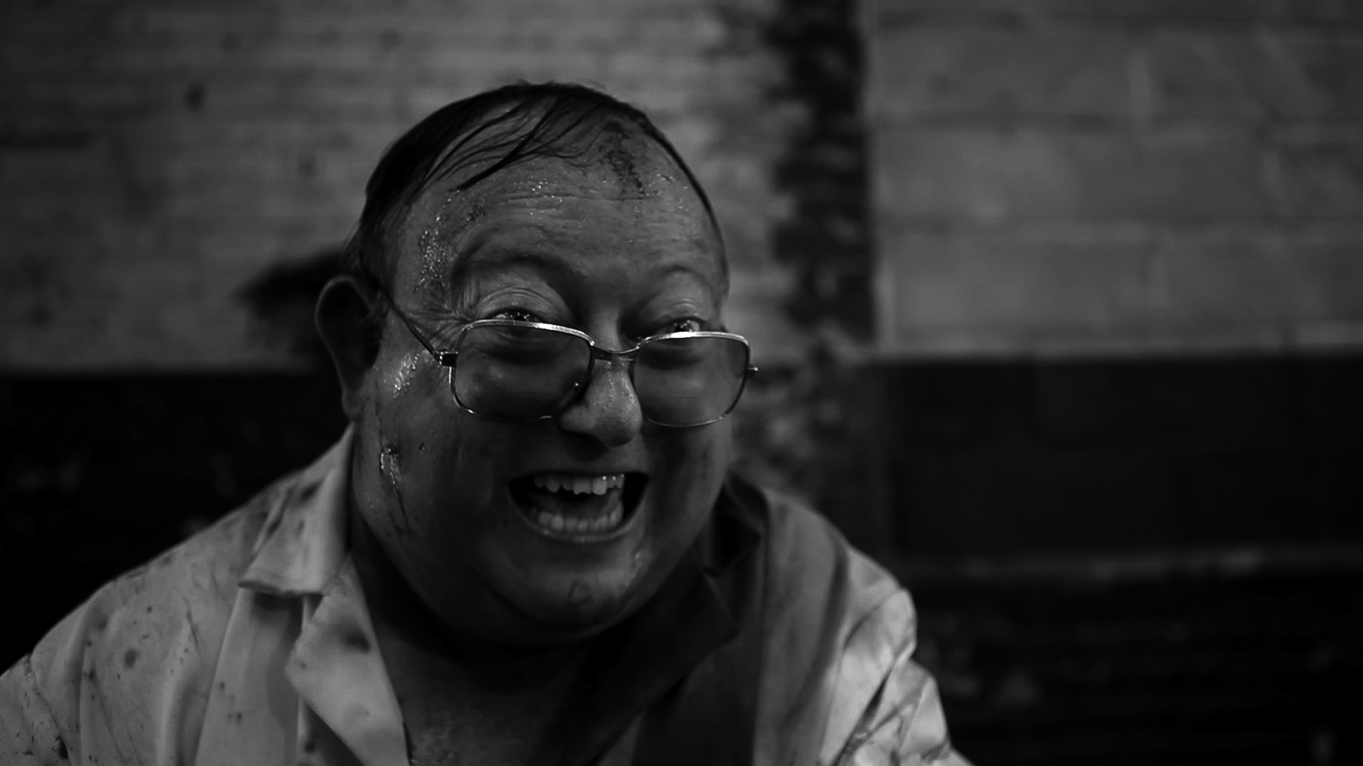 Bande-annonce THE HUMAN CENTIPEDE 2